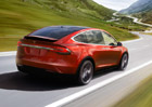 Tesla Model X: Z�kladn� verze dostala v�t�� akumul�tor, dojezd �in� 416 km