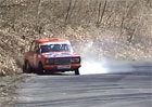 Video: I Lada to um� na rallye rozp�lit. Boura�ky pak ale hodn� bol�!