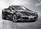 Mercedes-Benz SLK: Malému roadsteru s hvězdou a skládací střechou je 20 let