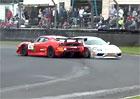 Video: Nabouran� a jinak pon�en� Ferrari