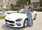 Fiat 124 Spider propaguje playmate Eugena Washington