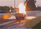 Dragster v plamenech aneb Když vybouchne převodovka