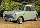 Morris Mini Cooper (1964): Britsk� klasik stoj� v�ce ne� p�l milionu korun