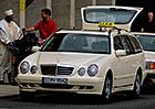 Historie taxíků Mercedes: Od nejstaršího taxi světa po novou třídu E