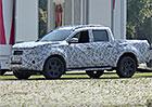Spy video: Mercedes GLT bude luxusní navara s trojcípou hvězdou
