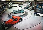 Dv� nejv�t�� sb�rky Bugatti na sv�t�. Kter� je lep��?