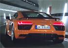Video: Nedívejte se! Zakázaná reklama na Audi R8