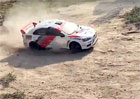 Video: Rallye na zahrad�? Pod�vejte se na sout�e mod�lk�!