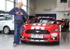 Jak řídí Lou Fanánek Hagen: Fanánkův řidičský obrat