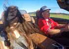 Video: Jak vypad� rychlost 200 km/h naho�e bez?