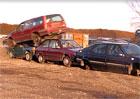 Video: Prý, že je nesmrtelný jen Hilux. Podívejte se na nerozbitné Volvo 850!