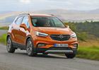 Projeli jsme nov� Opel Mokka X: Vypad� dob�e, jezd� dob�e, ale n�co mu chyb�...