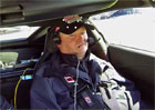 Corvette s poloautonomn�m ��zen�m pro ochrnut�ho z�vodn�ka IndyCar