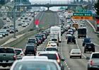 Kde jsou ta �sporn� auta? Ameri�an� sp�lili nejv�ce benzinu v historii