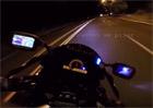 Video: Honda CBR1000RR vs. policejní vrtulník v noční Filadelfii. Kdo vyhraje?