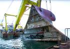Jak vytáhnout 1400 aut z mořského dna? Záchranná akce stála 73 milionů dolarů!