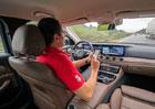 Test systémů autonomního řízení. V problémech Tesla, Mercedes i Volvo