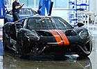 Podívejte se na první vyrobené kousky Fordu GT!