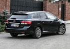 Ojetá Toyota Avensis III (T27): Boj na dvou frontách