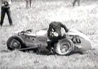 Video: Bouračky z dnešních závodů? Proti minulosti čajíček!