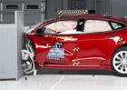 Tesla Model S a BMW i3: Elektromobilům se v nárazových testech zrovna nedařilo...