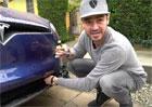Tesla Model X: Do kufru se dostanete i bez klíčů. Jak na to?
