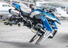 BMW má fantastický koncept létající motorky (+video)
