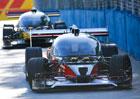 Roborace: První závod bezpilotních aut skončil... Nehodou!