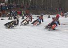 Ledová plochá dráha: Jak se dělá sport pro chlapy?