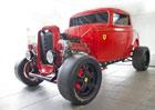Ferrari a Ford konečně spolu. Výsledkem je hot rod!