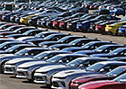 Deutsche Bank varuje před možným kolapsem prodejů aut v USA