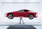 Lexus LC ukazuje, jak je skvěle vyvážený. Umí balancovat jako baletka