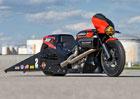 Harley-Davidson Street Rod se proměnil v ostrý dragster
