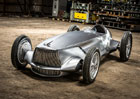 Infiniti Prototype 9: Japonci mají koncept, co vypadá jak auto ze čtyřicátých let...