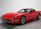Rudá Corvette Z06 z roku 2001 vypadá trochu jako model 1953. A je k mání