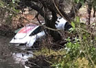 Tesla Model 3 má na kontě první vážnou nehodu. Skončila v potoce