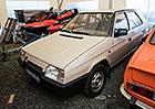 Prakticky nejetá béžová Škoda Favorit je na prodej. A ani nestojí nesmysl