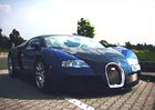 České Bugatti Veyron překonalo 400 km/h. Na běžné dálnici! Podívejte se, jak