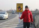 Proč jezdíme na dálnici v protisměru: Pomohly by cedule?