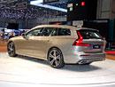 Volvo V60 poprvé naživo. Emotivní kombík s pořádnou porcí vnitřního prostoru
