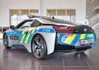 Policejní služba sporťáku BMW i8 nekončí! Čeští policisté se však dočkají inovované techniky