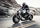 Arch Method 143: Vrchol v nabídce motocyklové značky, za níž stojí Keanu Reeves