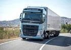 Volvo Trucks připomíná 25 let od premiéry první generace FH
