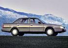 Před 30 lety se model Premier pokusil zachránit automobilku AMC. Neuspěl...