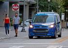 """Ford Transit Connect v Miami rozváží zboží """"bez řidiče"""""""