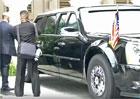 Jako nejlepší přátelé: Podívejte se, kterak Trump předvedl Kim Čong-Unovi svou automobilovou chloubu