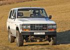 Za volantem Toyoty Land Cruiser HJ61 4.0 Turbodiesel. Nezastavitelná!