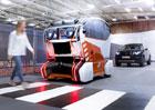 Jak zabránit nehodám autonomních vozidel? Jaguar Land Rover zkoumá oční kontakt
