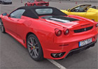 Tohle Ferrari F430 Spider má najeto přes čtvrt milionu kilometrů: Jen svíčky stály 109.000 korun!