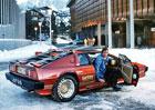 Boj o nové služební auto Jamese Bonda. Místo Aston Martinu chce opět nastoupit Lotus